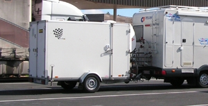 moto racing a louer remorque fourgon am nag pour 2. Black Bedroom Furniture Sets. Home Design Ideas