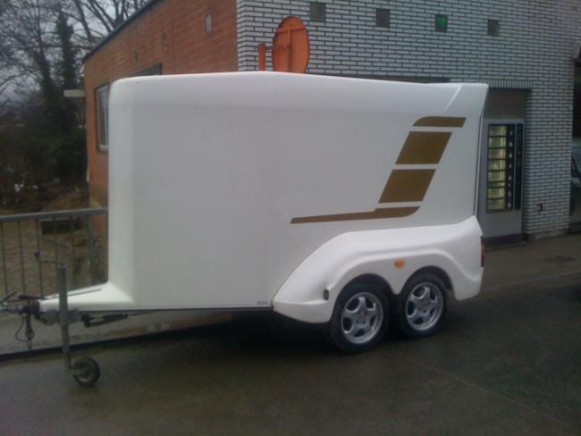moto racing remorque deux motos poly a vendre. Black Bedroom Furniture Sets. Home Design Ideas