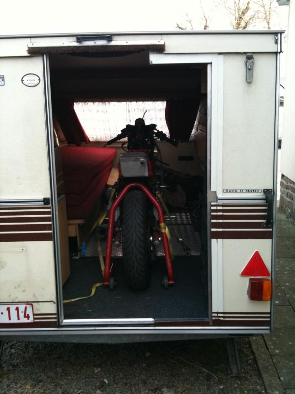 moto racing caravane kip transport moto vendre. Black Bedroom Furniture Sets. Home Design Ideas