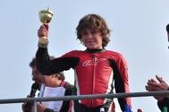 Cliquer pour agrandir la photo : Simon Danilo atteind la 3ième place lors de la première course