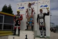Cliquer pour agrandir la photo : Podium Monobike 650 Race 1