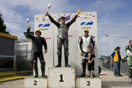 Cliquer pour agrandir la photo : Podium Supersport Race 2 (Juniors)